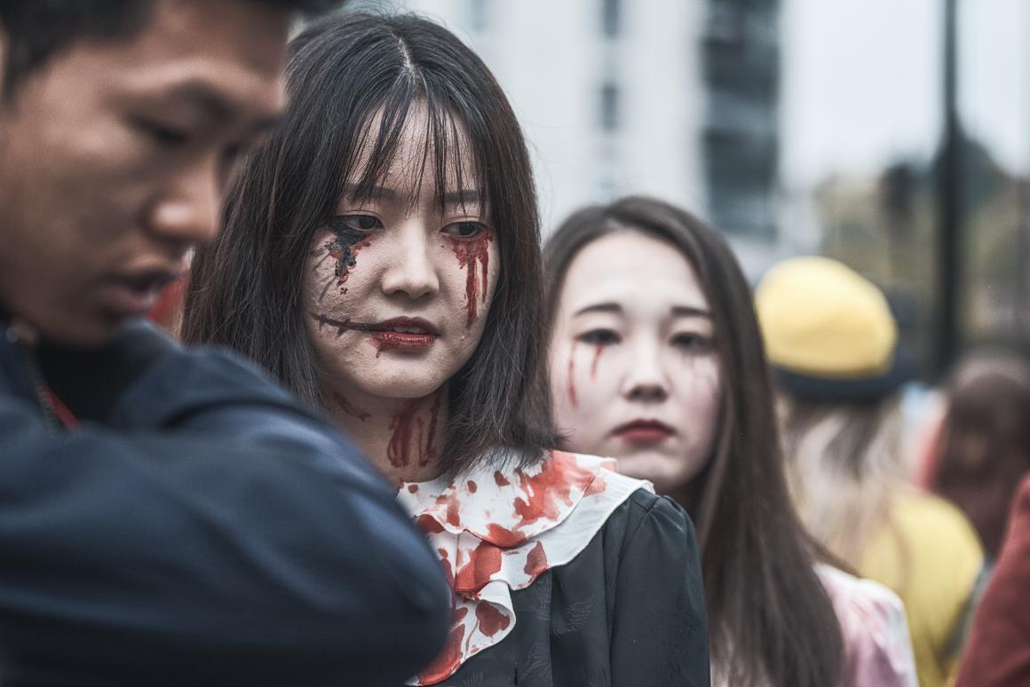 008-zombie_walk